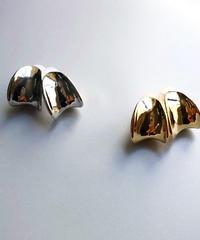 metal curve form earring