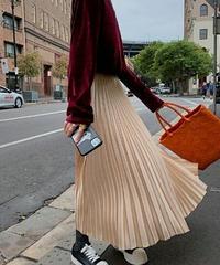 光沢が魅力プリーツロングスカート3色