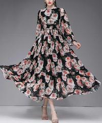 ボリューム袖レトロなバラ花柄長袖ギャザーでふんわりロングドレス