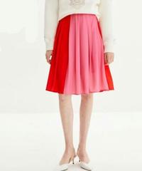 赤とピンクのバイカラー大きいヒダプリーツAラインフレアスカート