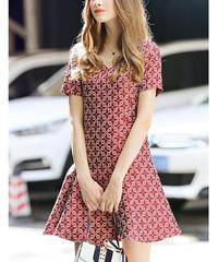 かわいいシルエットレトロ花柄AラインVネック半袖ドレス