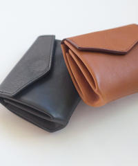 Leather Wallet /  丸みを帯びた革財布