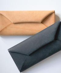 """""""折り紙のような"""" 革財布"""