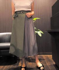 キレイめラップ風切り替えスカート