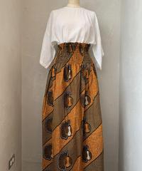 ウエストリブスカート