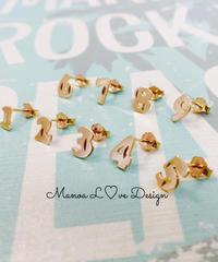 Manoa Love Design/10K ナンバーピアス ($78➡︎30%off後 $54.60)