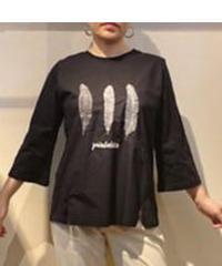 イタリア【Kavachi】羽根モチーフAラインTシャツ ブラック