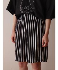 Stripe pattern rayon short pants