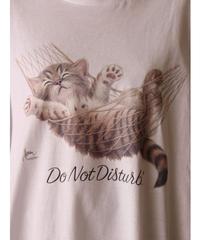 sleeping cat print T-shirt