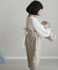 Back bow line jumpsuit begie