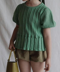 Short sleeved knitted T-shirt