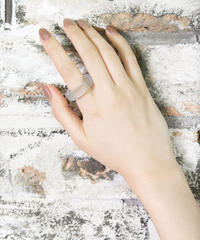 Self Ring 9号(Pale Blue)/ ON Glass Jewelry