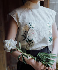 〈先行予約〉花を着るブラウス【芍薬】-ivory-