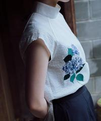 〈在庫販売〉花を着るブラウス【紫陽花】-white-