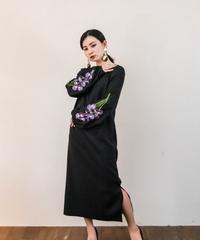花を着るワンピース #01【Iris × BLACK】
