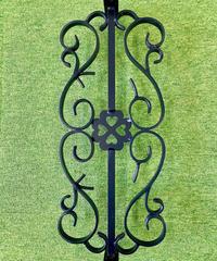 壁の開口部の飾り、四つ葉のクローバー