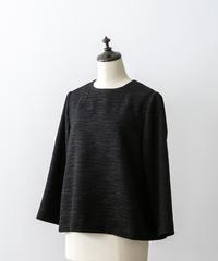 noir基本の襟なしシンプルブラウス