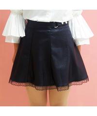 ウエストポイント裾レースフェイクレザースカート