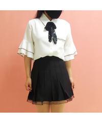 裾レースモノクロームプリーツスカート