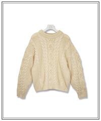 aran pattern knit