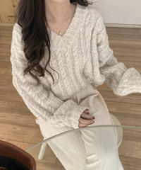《予約販売》v neck over fit cable knit (2color)