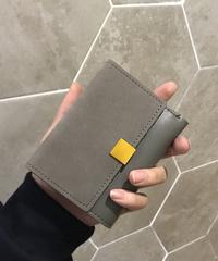手のひらサイズのミニ財布 ファッション