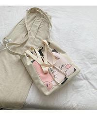 帆布のワンショルダーバッグ