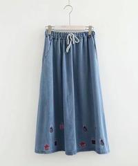 刺しゅう||さらりと||着回したいスカート