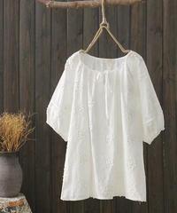 ラウンドネック||ホワイト||Tシャツ