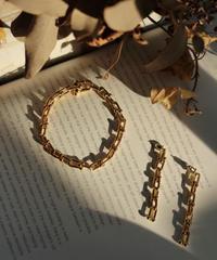 Chain Twist bracelet & Pierce