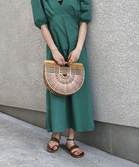 Vcut Puff Sleeve Onepiece