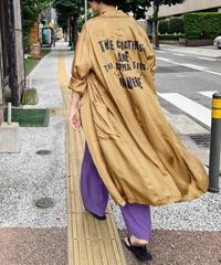 cupra logo print coat (camel)