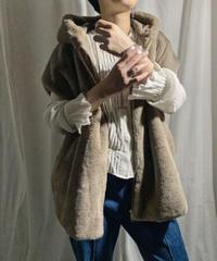 【special price】eco fur big hoodie vest