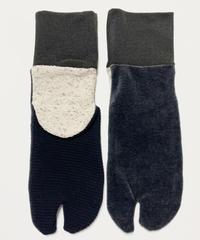 《ぺーどろりーの》足袋靴下(黒ベロア×リブ黒×かかとキナリ)