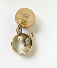 kaori shimomura | pierce or earrings Muguet