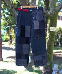"""""""孤独な赤は美しい"""" Black patchwork denim with lonely Red, Rebuild by Vintages"""