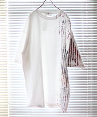 """""""色彩記録の手刷りのTシャツ 第一色"""" T-shirt by Analog silk screen overlay blurring hand-print"""