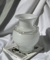 [USED] Flower Vase 103