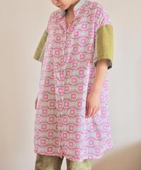 Nostalgic Pink square pattern long blouse (no.170)