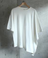 white square Tee