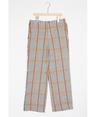pt-23C   check wide pants