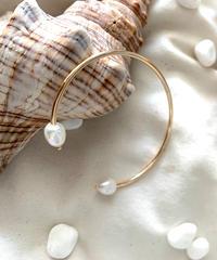 TT/Water Pearl Bangle