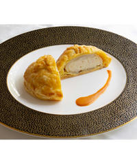 松本楼伝統のパイ包み焼き ※舌平目・ずわい蟹・帆立のパイ包み焼き アメリケーヌソース(4個セット)