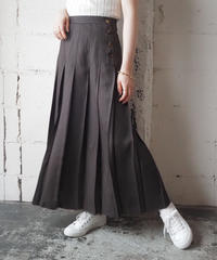 Check Side Button Pleated Skirt BRBK