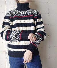 Snow Pattern High Neck Knit BKIV