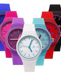 RINNADYファッション女性腕時計ゼリーシリコーン腕時計カジュアルレディースクォーツ腕時計