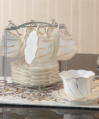 ヨーロッパゴールド象眼骨中国コーヒーセット英国磁器茶セット 6カップ&ホルダー