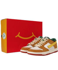 VANDYTHEPINK / burger dunks