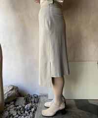 ベージュデザインスリットスカート