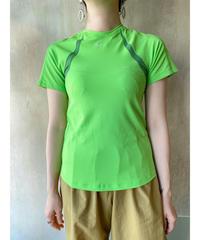 NIKEネオングリーンTシャツ